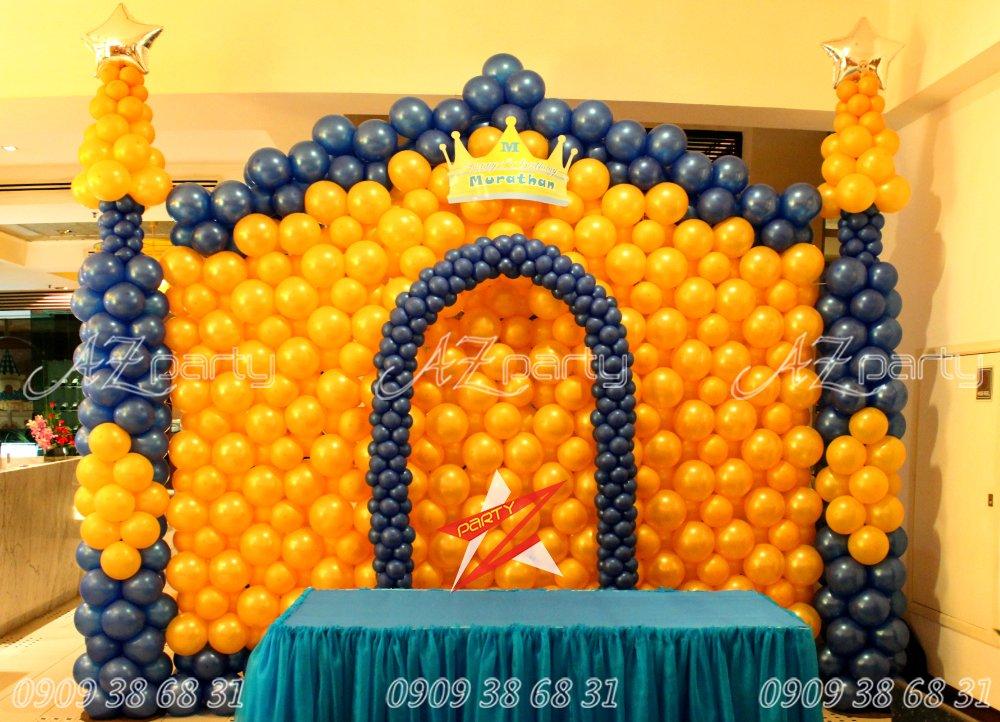 Bong bóng trang trí sinh nhật chủ đề Lâu đài