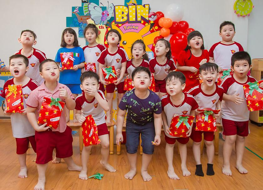 Tổ chức sinh nhật cho bé ở lớp vui nhộn và ấn tượng cùng AZparty